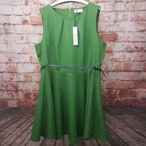 NWT Closet London Size 20 Green Dress W/ Belt